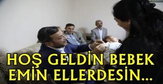 Yenidoğan bebeklerin hediyesi başkan Kocaispir'den